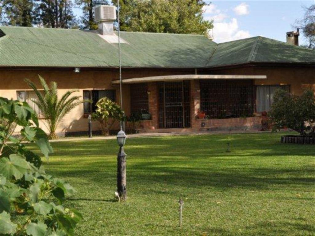 4 Bedroom Farm for Sale in Omaruru, Omaruru - Erongo